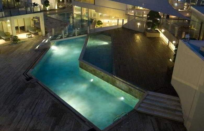 Outrigger O-Ce-N Bali - Pool - 6