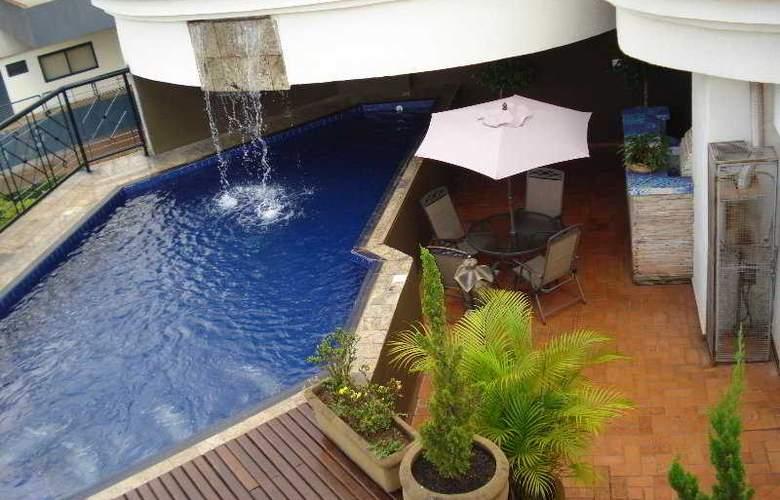 Oasis Plaza - Pool - 3