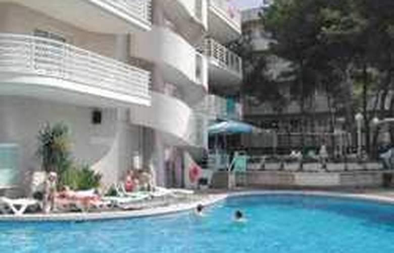 Apartamentos Font de Mar - Hotel - 1