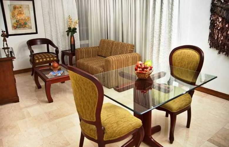 Alcazar de Oviedo Aparta Hotel - Room - 3