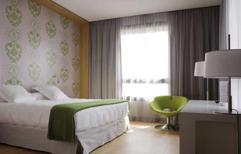 NH Milano Fiera - Room - 16