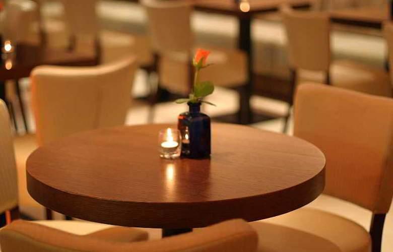 Prima Royale - Restaurant - 38