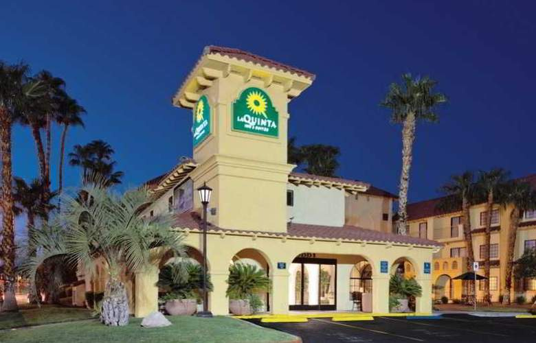 La Quinta Inn & Suites Convention Center - General - 1