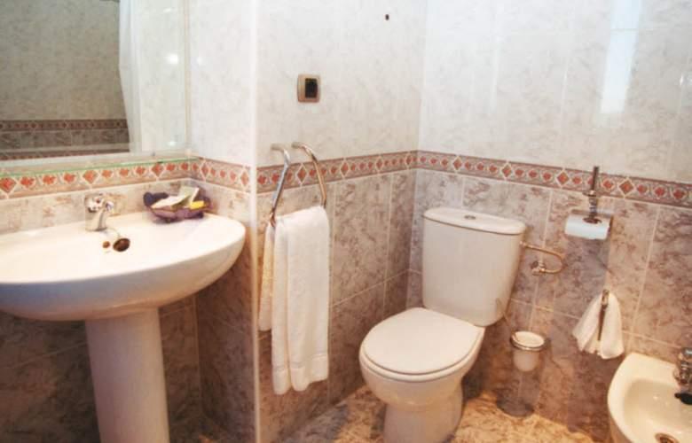 Vila-Real Marina Azul - Room - 13