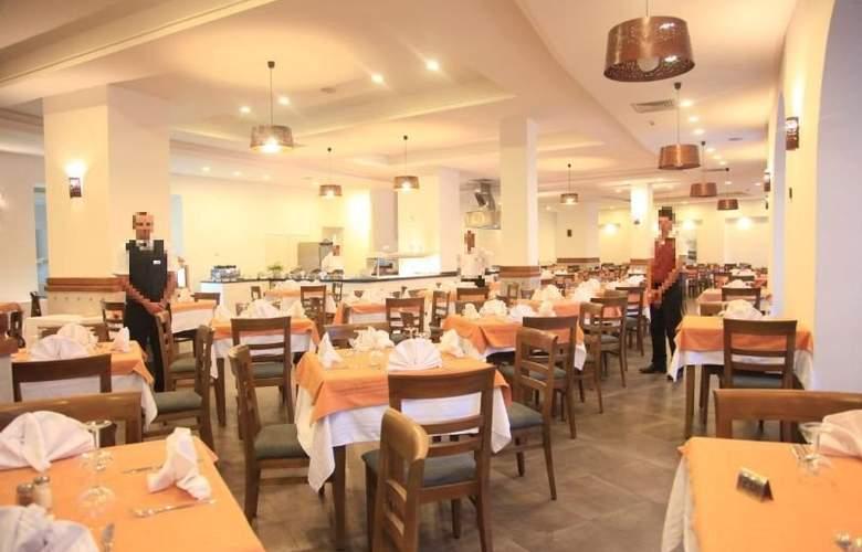 Menara - Restaurant - 9