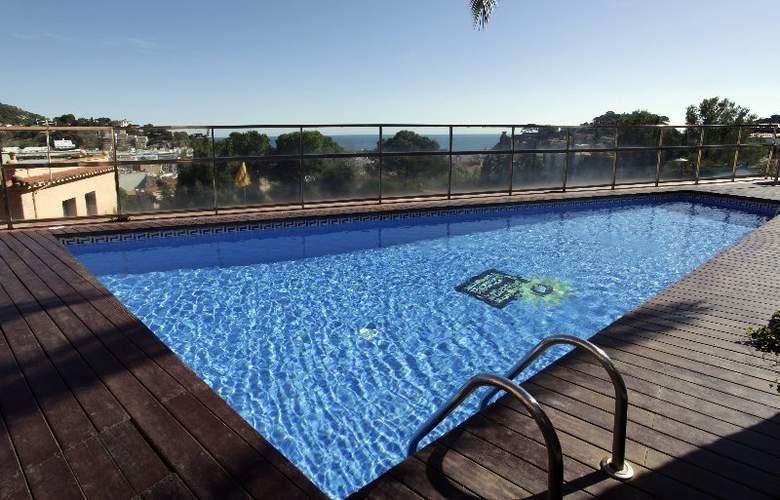 Pierre & Vacances Villa Romana - Pool - 5