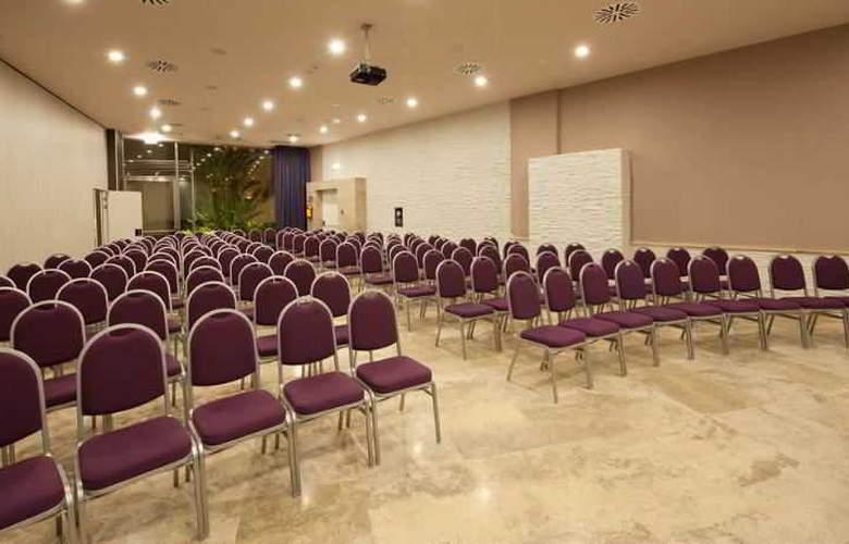 Basiliani Resort & Spa - Conference - 10