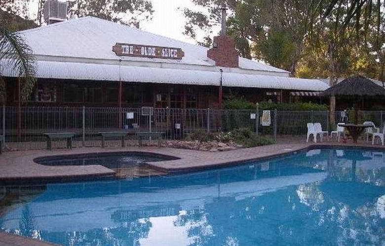 Heavitree Gap Outback Lodge - Pool - 2
