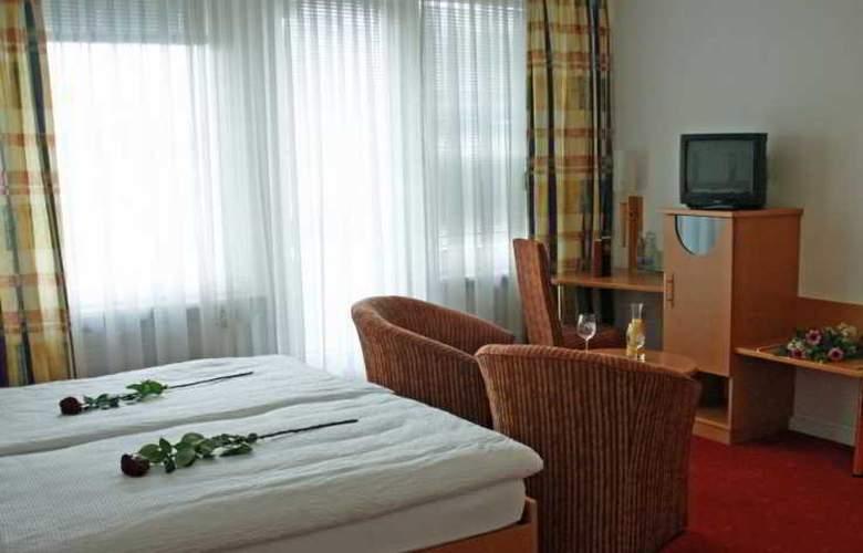 Hotel Alexander - Room - 8
