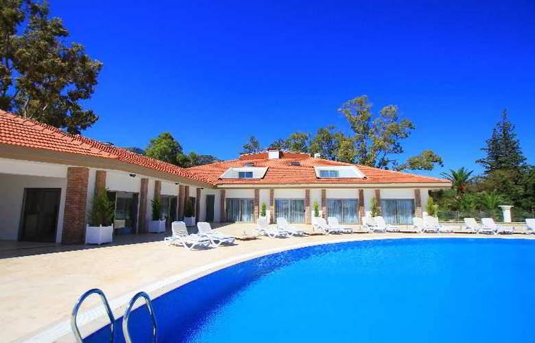 Palm Bay Beach Hotel - Pool - 3