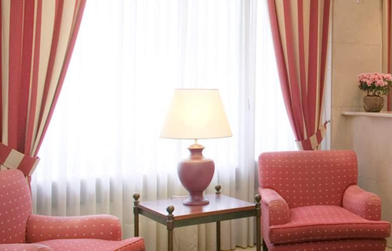 Unzaga Plaza - Hotel - 6