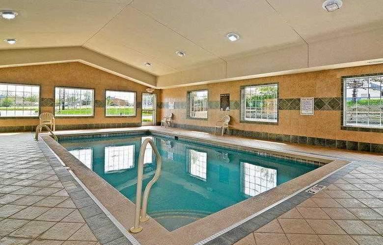 Best Western Executive Inn & Suites - Hotel - 5
