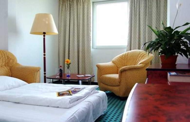 Europa Hotels & Congress Center - Superior - Room - 9