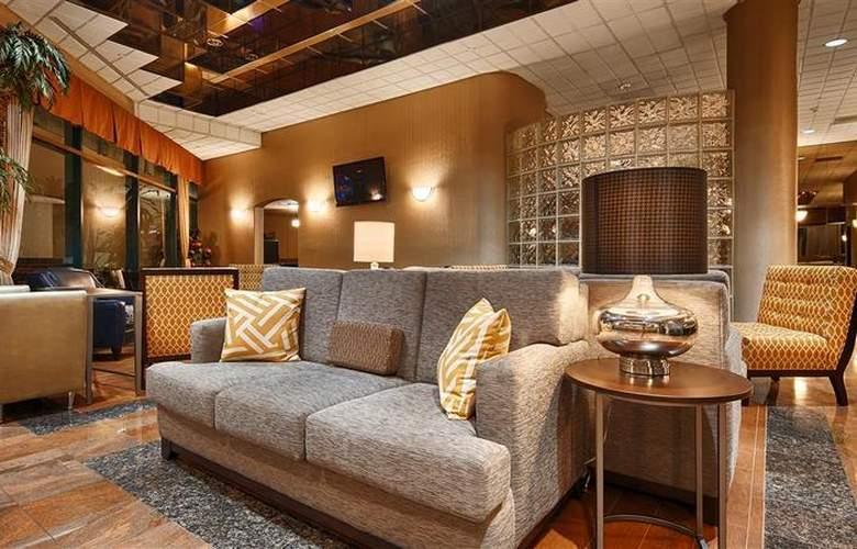 Best Western Plus Suites Hotel - General - 31