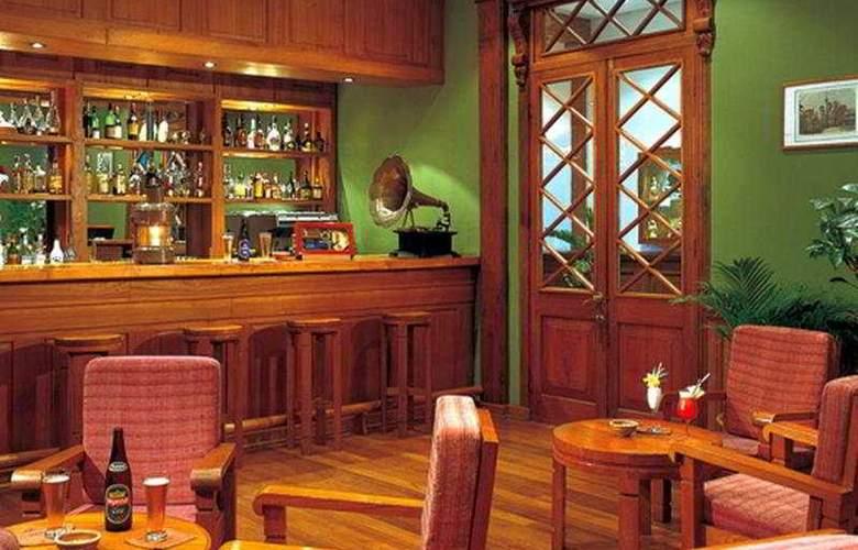 The Governor Residence - Bar - 6