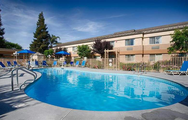 Best Western Porterville Inn - Pool - 29