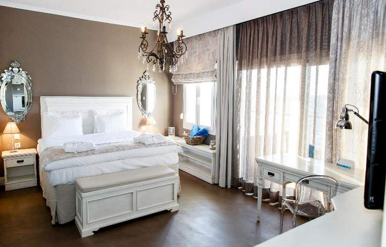 Golden Star Hotel - Room - 4