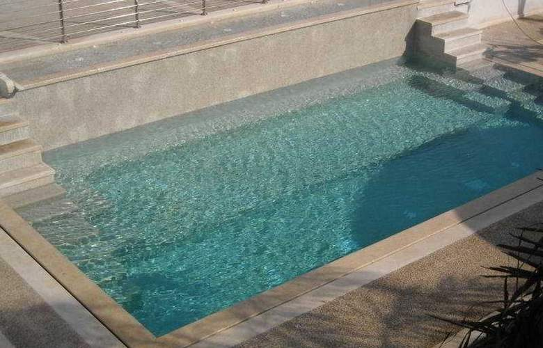 Ganimede - Pool - 3