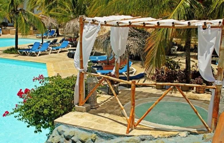 Gran Caribe Pelícano - Pool - 4