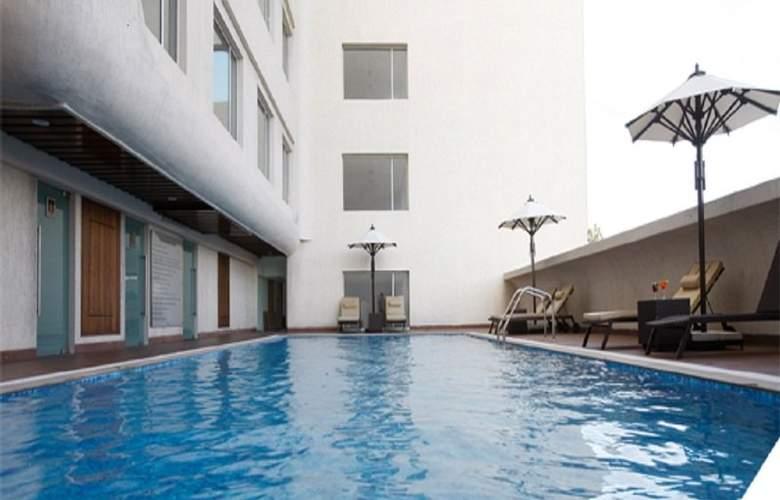 Keys Hotels Whitefield Bengaluru - Pool - 8