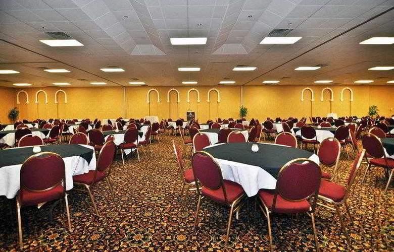 Best Western Glengarry Hotel - Hotel - 10