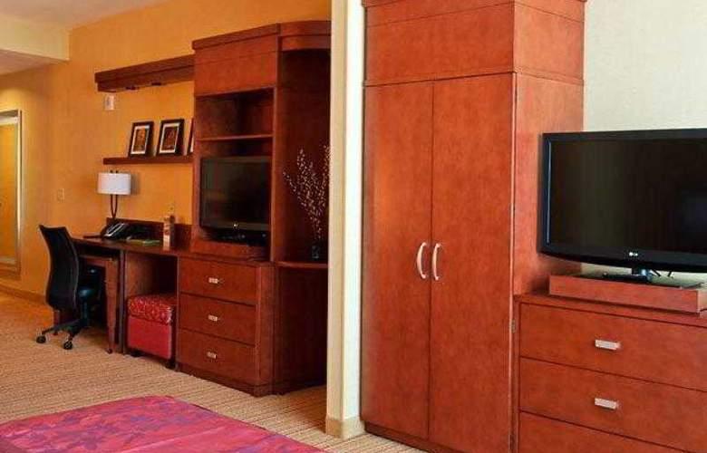 Courtyard Ottawa East - Hotel - 23
