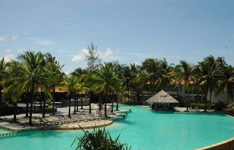Sutra Beach Resort & Spa, Terengganu - Pool - 4