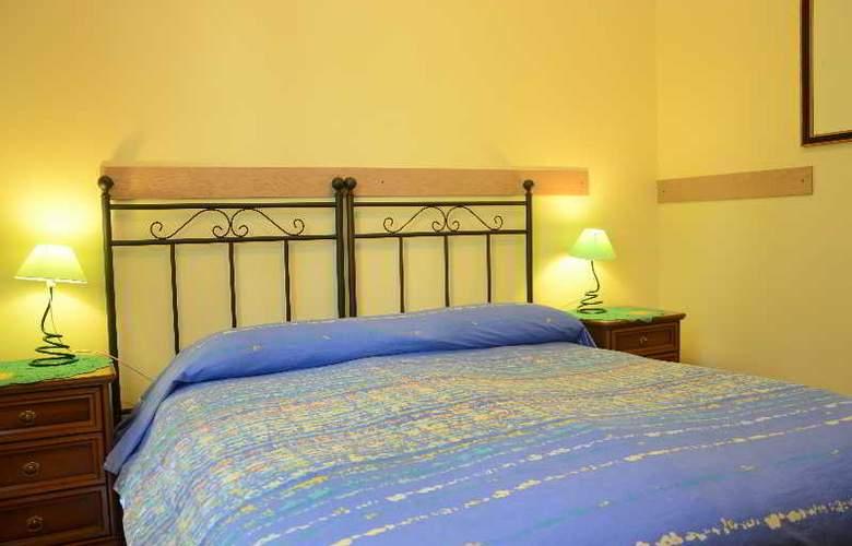 Bb A Vinicius Et Mita - Room - 13