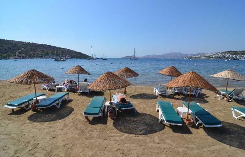Natur Hotel - Beach - 3