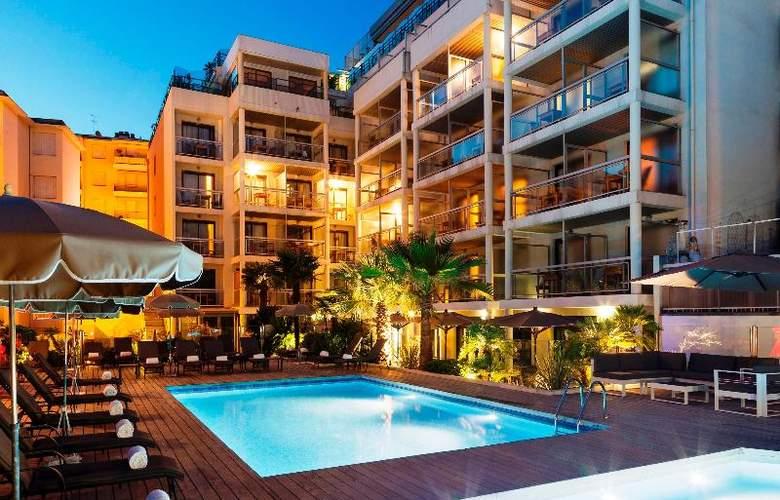 Clarion Suites Cannes Croisette - Pool - 33