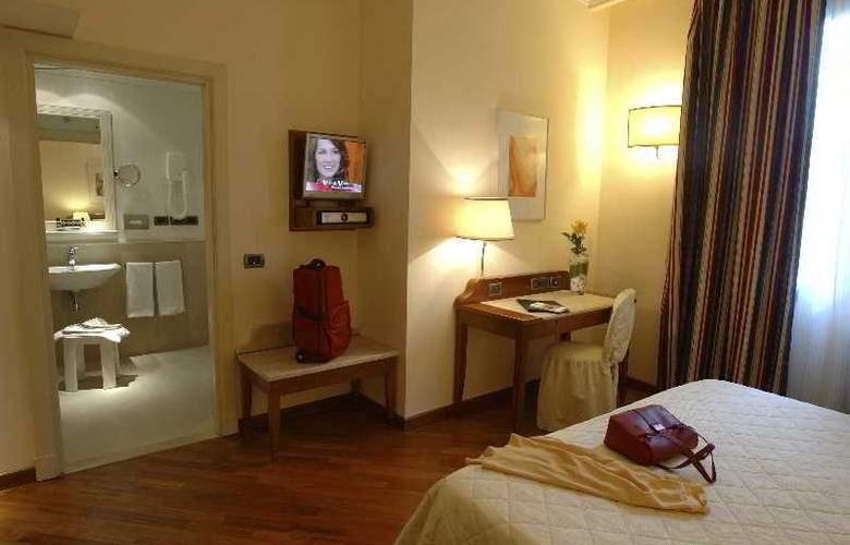 Laurus Al Duomo - Room - 9