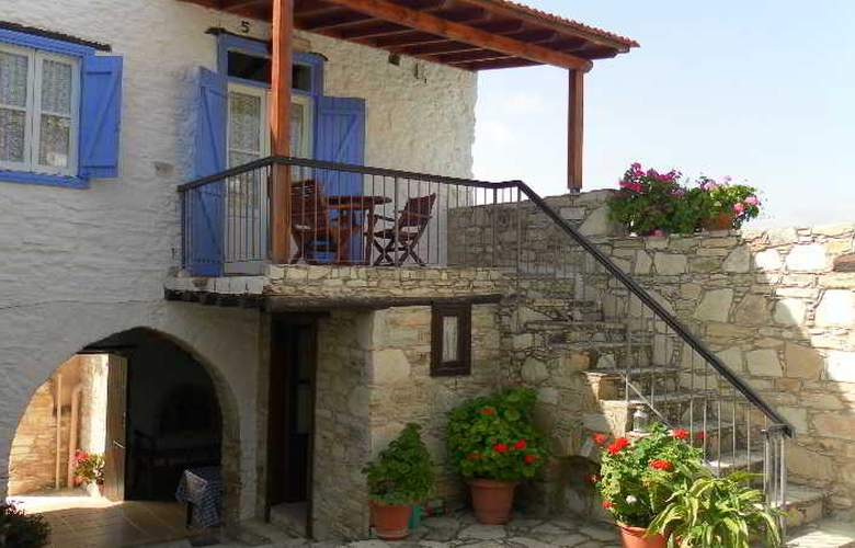 Traditional Village Houses Skarinou - Terrace - 4