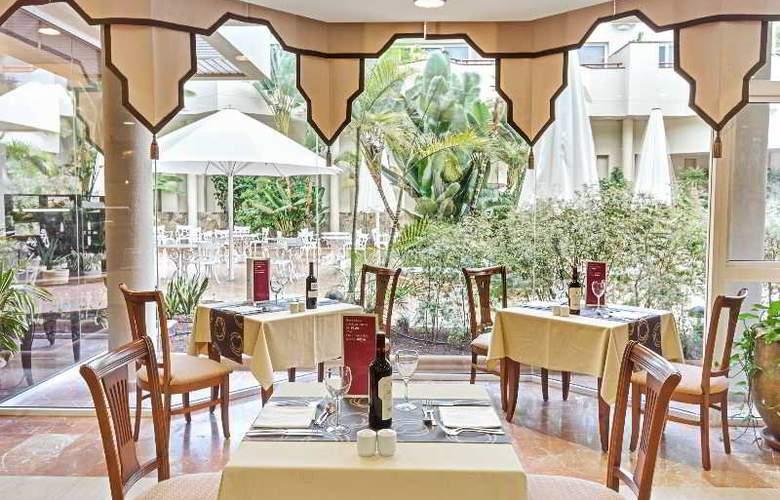 Barceló Corralejo Bay - Restaurant - 29