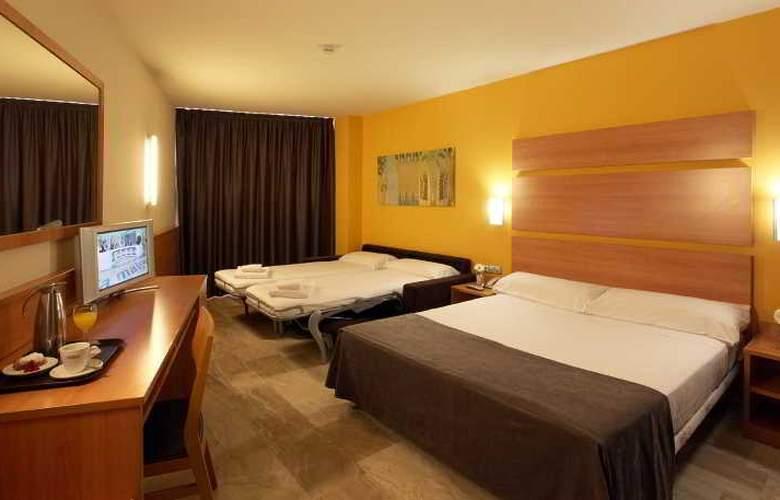 Express Tarragona - Room - 9