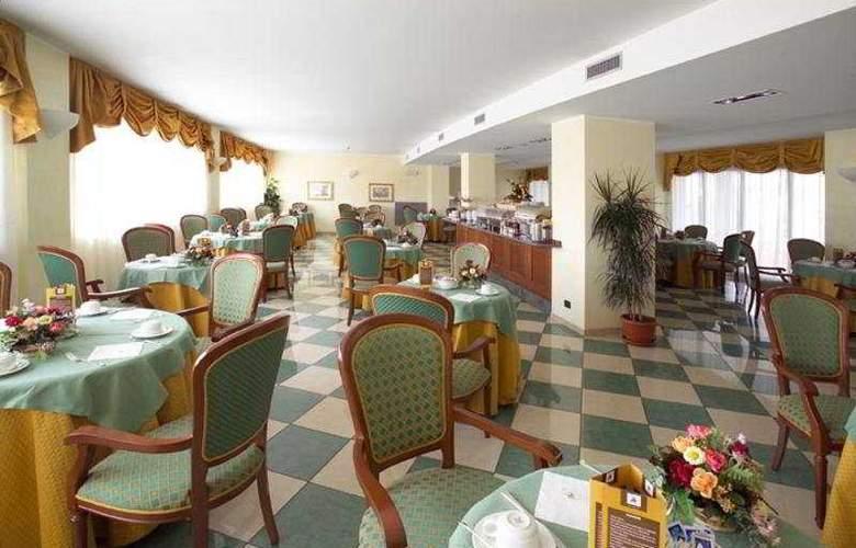 Hotel Cavalieri - Restaurant - 4