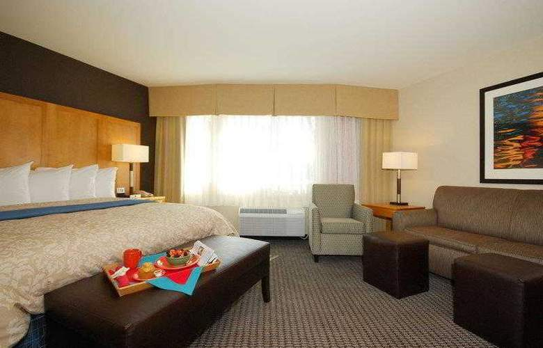 Best Western Plus Marina Gateway Hotel - Hotel - 10