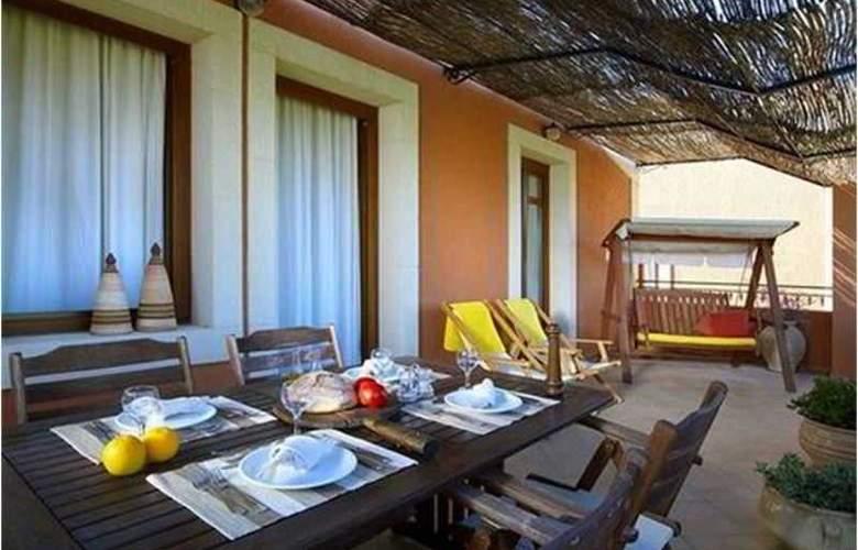Katalagari Country Suites - Terrace - 1