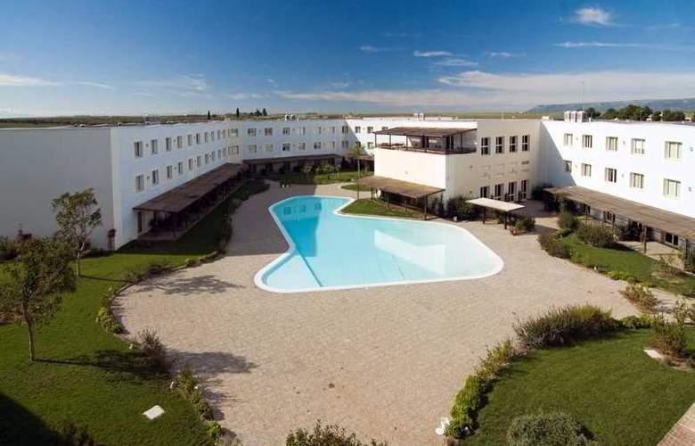 Nicotel Gargano Hotel - Pool - 3