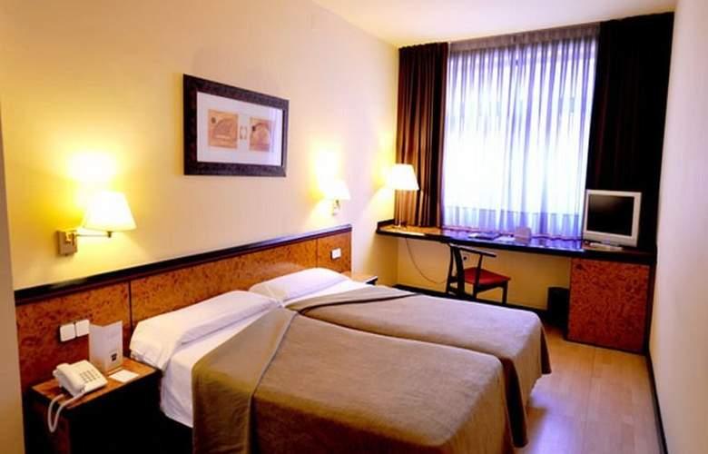 Hotel Glories Sercotel - Room - 13