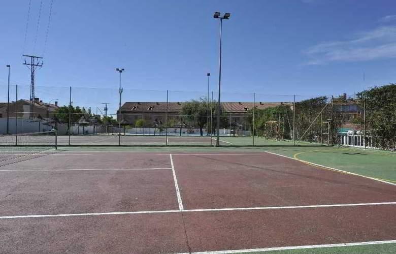Puerta De Segovia - Sport - 10