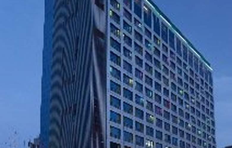 Holiday Inn Pudong Nanpu - General - 1