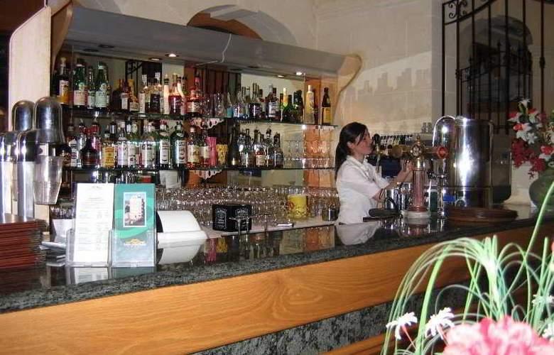 San Andrea - Bar - 3