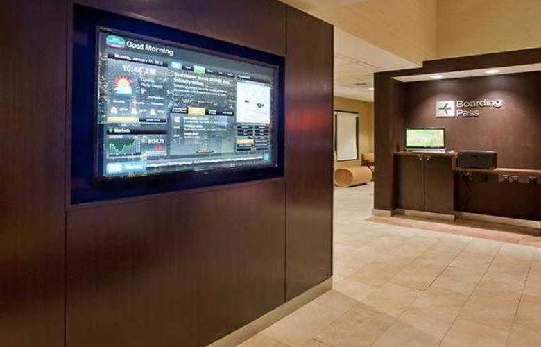 Courtyard Salt Lake City Airport - Hotel - 16