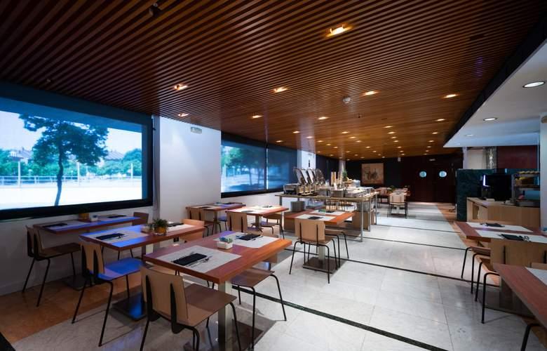 Catalonia Sabadell - Restaurant - 16