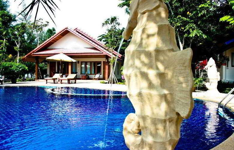 Rocky Point Resort - Pool - 9