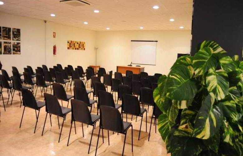 El Tollo Apartamentos - Conference - 2