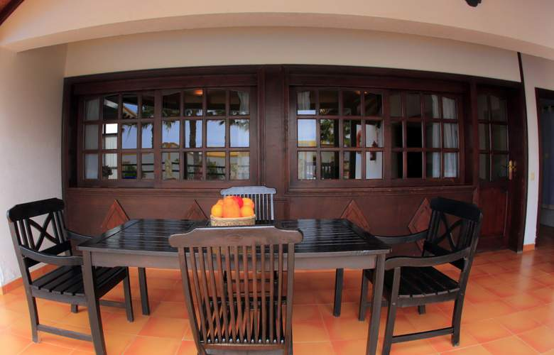 VIP Villas - Terrace - 13