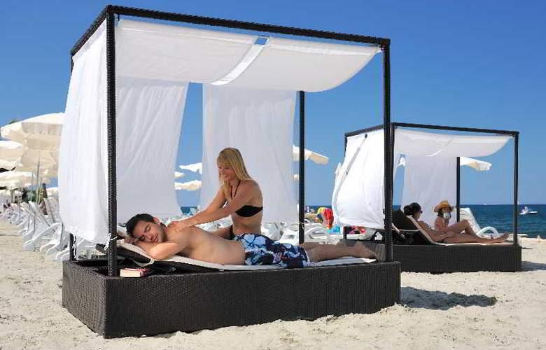 Pinia Residence - Beach - 12