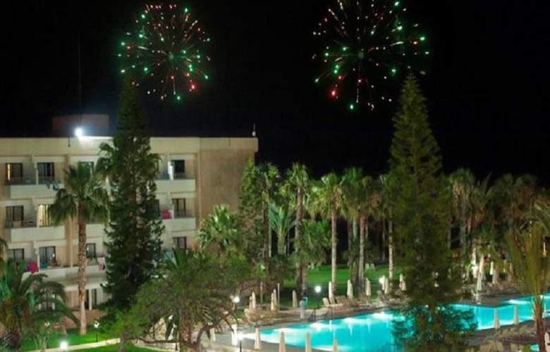 Louis Phaethon Beach - Hotel - 4