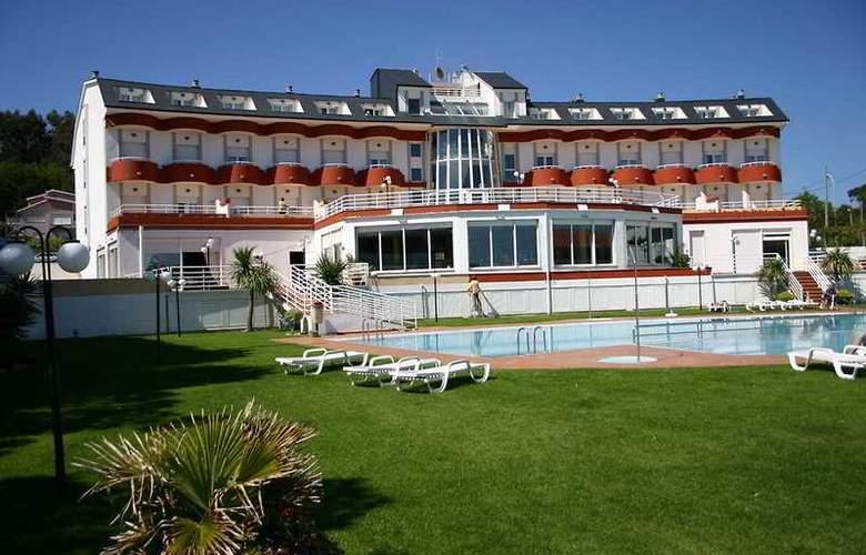 Nanin Playa - Hotel - 0